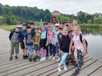 Výlet lodí a piknik ve Stromovce třídy 2.B dne 24. 6. 2021